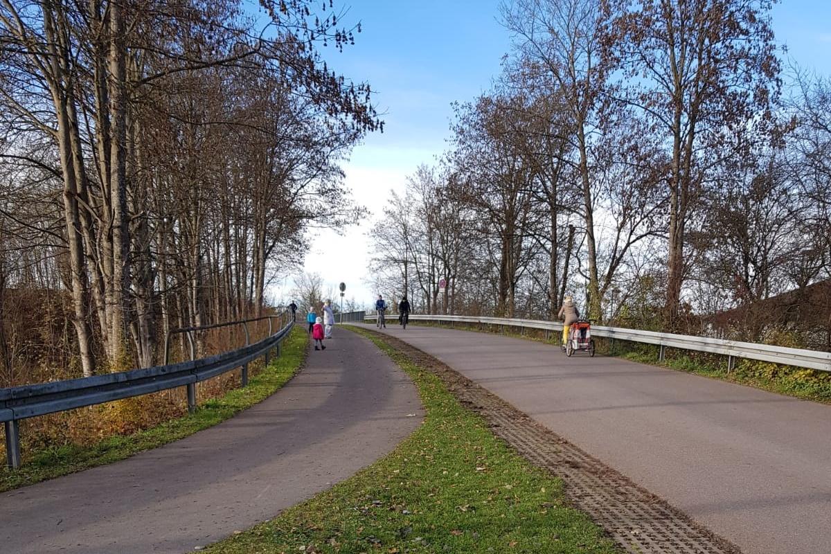 Künftige Fahrradstraße zum Unterschleißheimer See